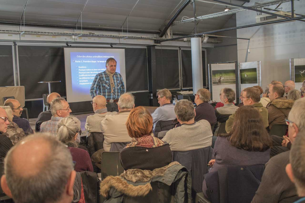 Photo conference dedicated to wildlife photography in Saint-Nazaire in November 2017.