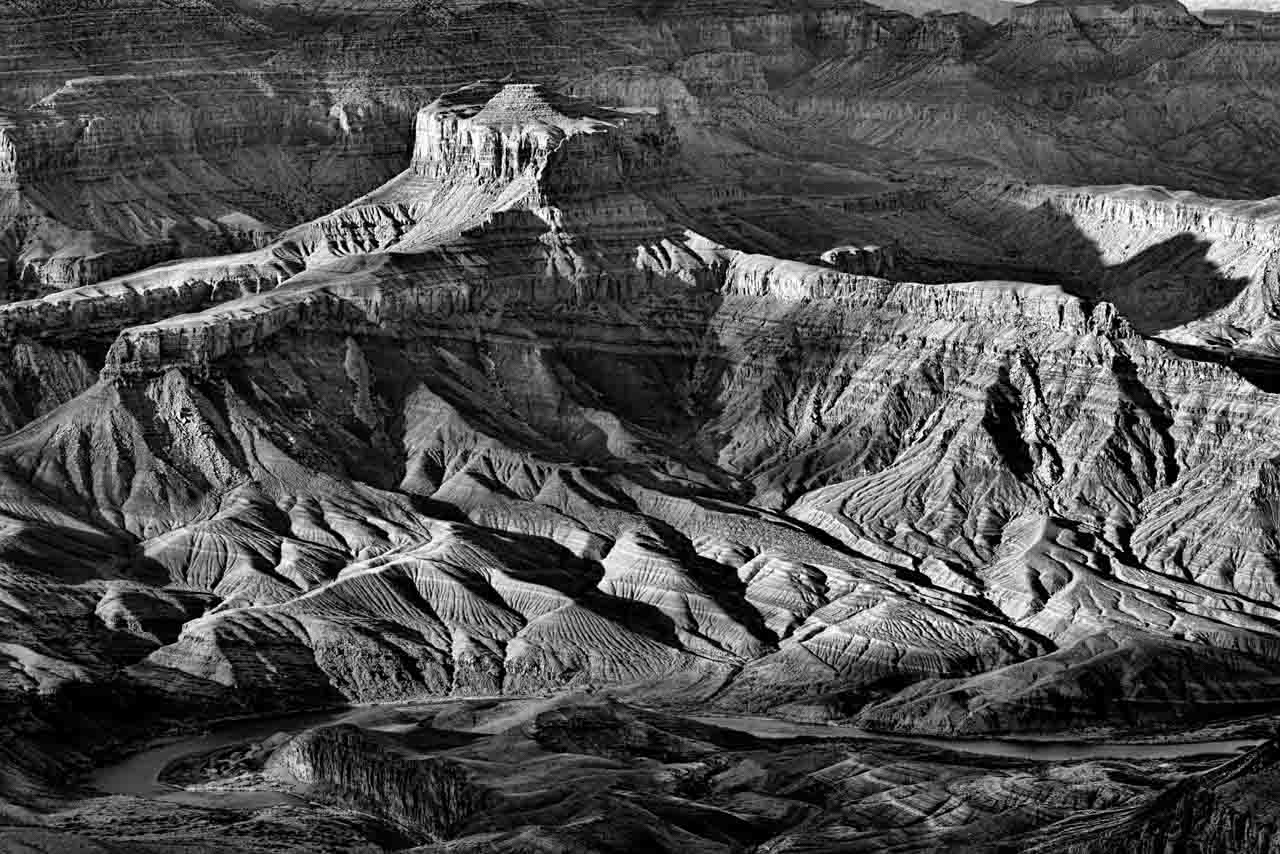 Landscape in black and white of the Sand Dunes in Death Valley. Photograph by Amar Guillen, photographer artist.