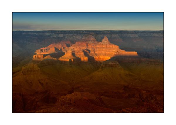 Lights and colors of the Grand Canyon at dusk II