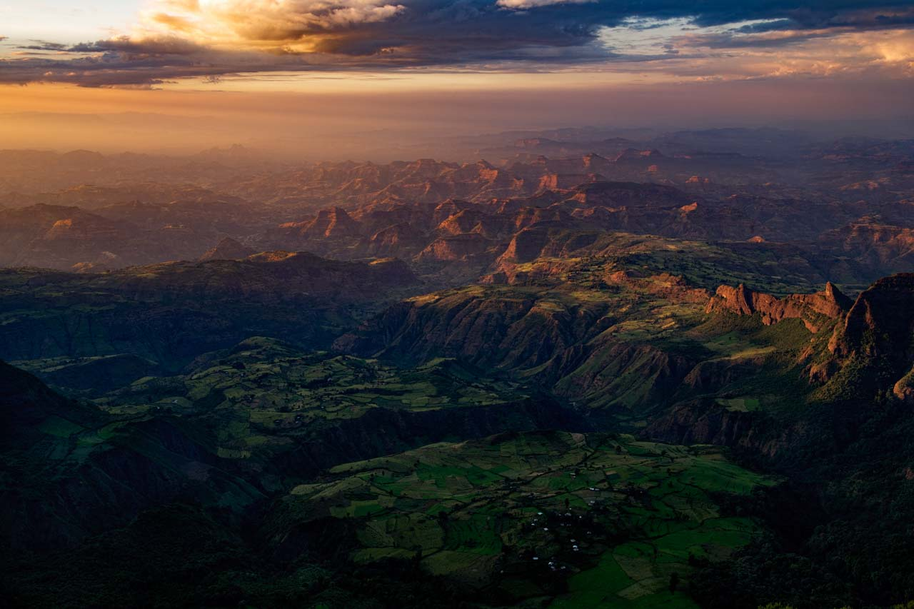 Lanscape in color of The Simien Mountains in Ethiopia. Photograph by Amar Guillen, photographer artist.