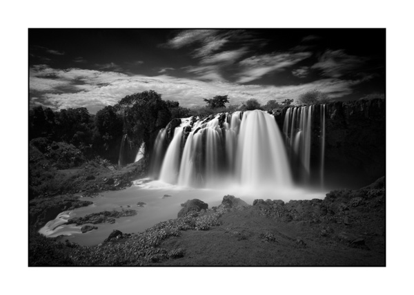 The Blue Nile Falls near Tana in Ethiopia. Photograph in Black and White by Amar Guillen, photographer artist