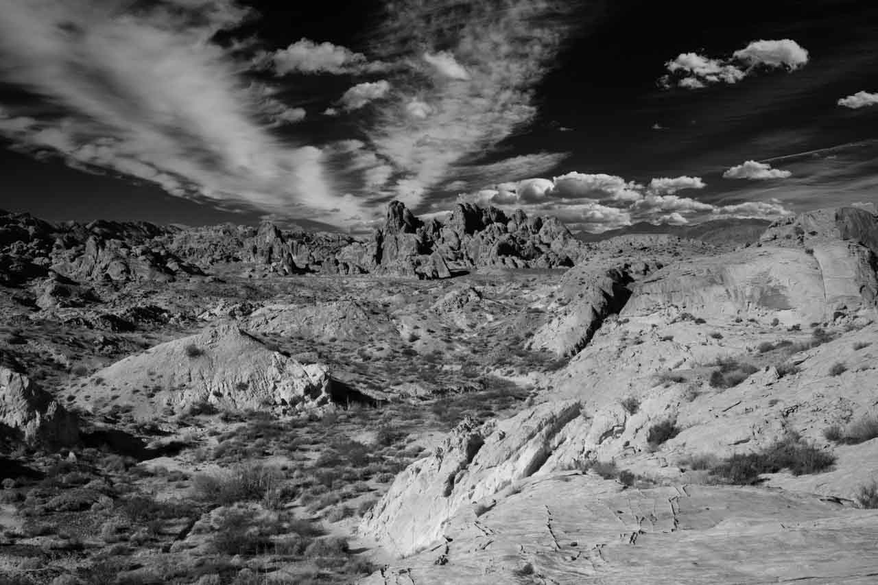 Landscape of Valley of Fire in Nevada. Photograph in black and white by Amar Guillen, photographer artist.