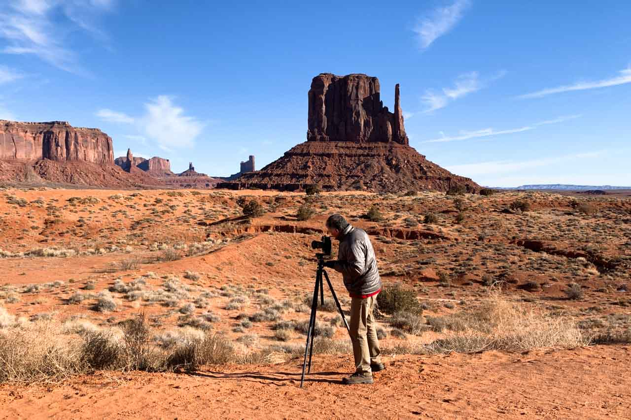 Amar Guillen professional landscape photographer during a project in Monument Valley in Arizona.